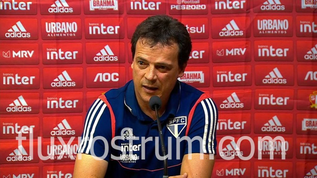 Dinizโค้ชของเซาเปาโล ส่งผลกระทบต่อ Dani Alves